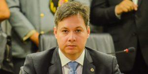 Júnior Araújo é nomeado secretário Chefe de Governo e abre vaga para Anísio Maia na ALPB