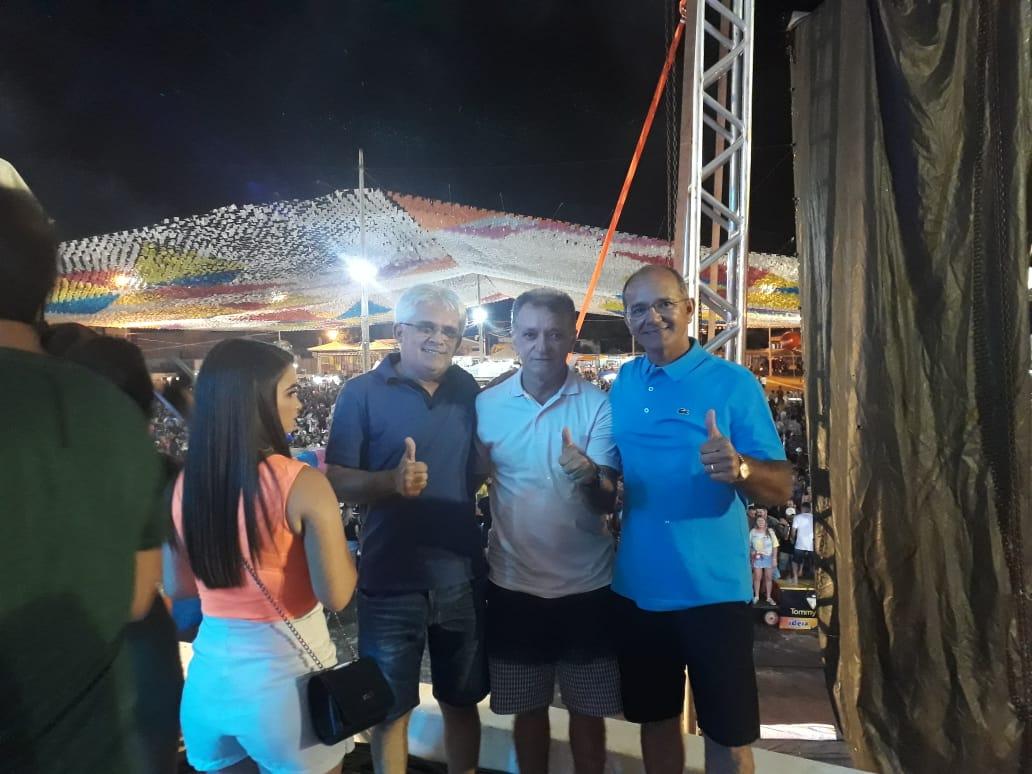 Deputado Galego Souza participa da abertura do Carnaval de Catolé do Rocha