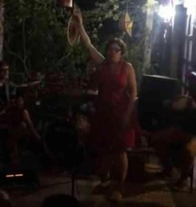 """VÍDEO – Márcia Lucena debocha da justiça e promove """"festa da tornozeleira"""" com participação de Escurinho"""