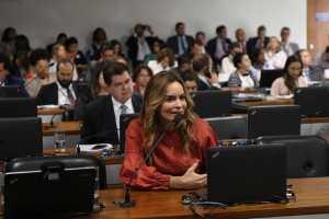 Daniella reforça alerta sobre coronavírus e acompanha trabalho das autoridades em saúde