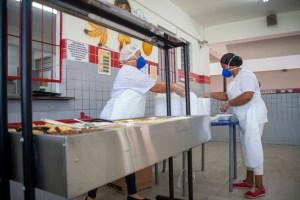Distribuição de refeição pela Prefeitura de JP durante isolamento social é destaque nacional na Folha de S. Paulo