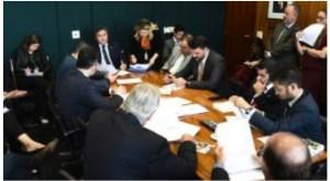 DEM pede a Guedes desburocratização no acesso ao crédito e proteção retroativa para salvar empregos e empresas