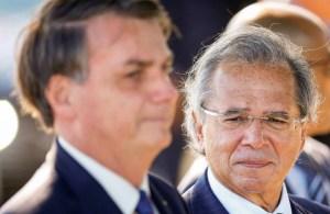 Bolsonaro diz que vetará reajuste de servidores a pedido de Paulo Guedes