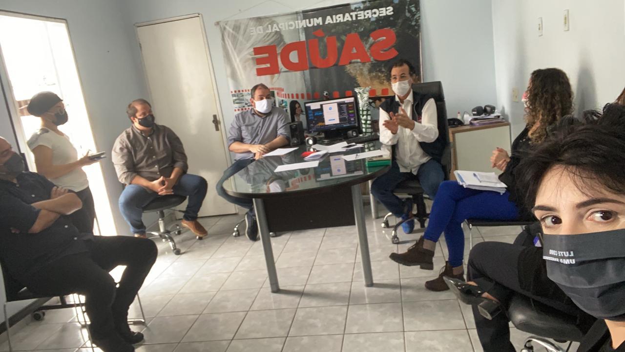 Prefeitura de João Pessoa abre diálogo com profissionais da saúde e espera proposta que estende gratificação às demais categorias da área