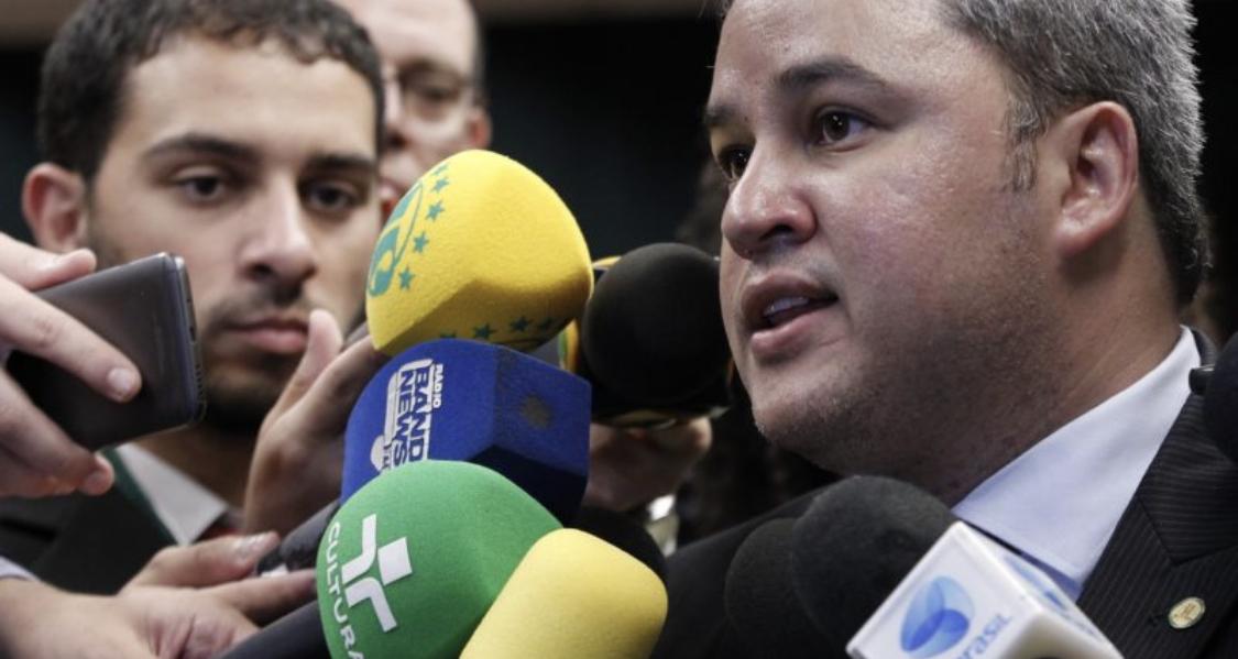 Para Efraim Filho, a desoneração da folha é necessária e urgente
