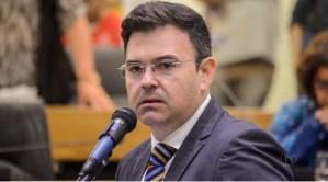 Raniery Paulino entrega liderança da oposição na ALPB, após acordo entre Cidadania e MDB em Guarabira; veja a carta