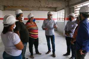 Cartaxo acompanha obras de nova escola municipal em construção no Residencial Vista Alegre