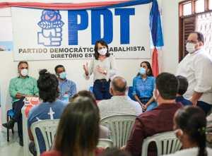 """""""União pela continuidade dos avanços"""", diz Edilma Freire em reunião com Mariana Feliciano e pré-candidatos a vereador"""