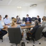 Luciano Cartaxo recebe direção do Hospital Napoleão Laureano e dialoga sobre agilização na liberação de recursos de emendas