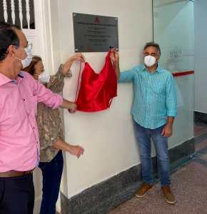 Luciano Cartaxo entrega novos serviços do Hospital Santa Isabel