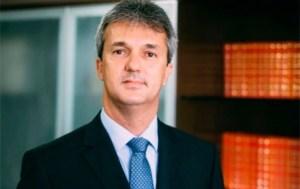Coordenador da Comissão de Transição ressalta que Cícero apoia realização de concursos, mas lamenta anúncio a toque de caixa