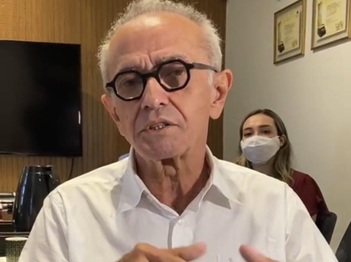 """""""Com vacinas aprovadas, hoje o Brasil deu um passo que nos trará de volta à normalidade que tanto queremos"""", celebra Cícero Lucena"""