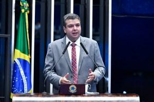 Senador aprova por unanimidade projeto de Diego Tavares que destina recursos de multas de trânsito para obras de acessibilidade urbana