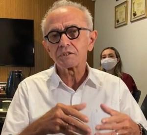 Cícero Lucena publica decreto que permite retorno de aulas presencias em JP e disciplina funcionamento