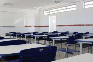 Ensino infantil e fundamental I podem funcionar de forma presencial; saiba detalhes do decreto