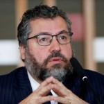 Após pressão do Congresso, Ernesto Araújo pede demissão do Ministério das Relações Exteriores