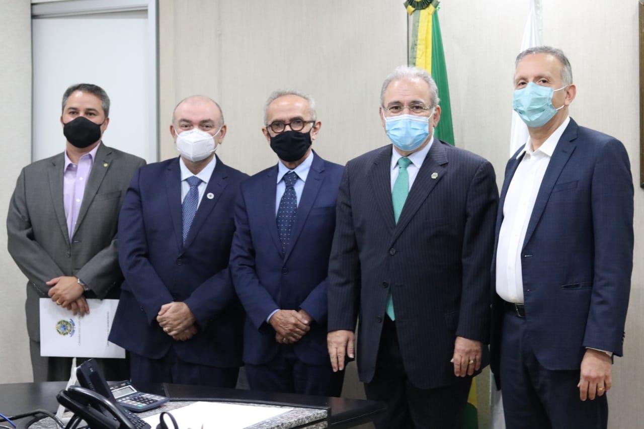Ministro da Saúde estará na Paraíba nesta sexta-feira, confirma Efraim Filho