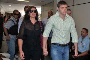 Thor chegou acompanhado da mãe, Luma de Oliveira