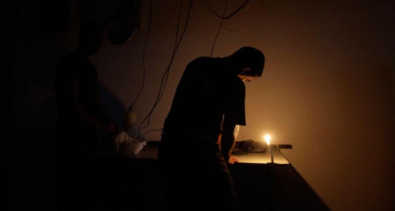 e1 Largados e Pelados: Como Sobreviver  a Alguns Dias Sem Energia