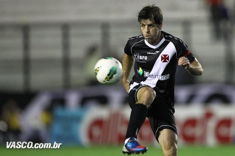 Juninho-Pernambucano Os Dez Jogadores Que Mais Marcaram Gols de Falta no Futebol