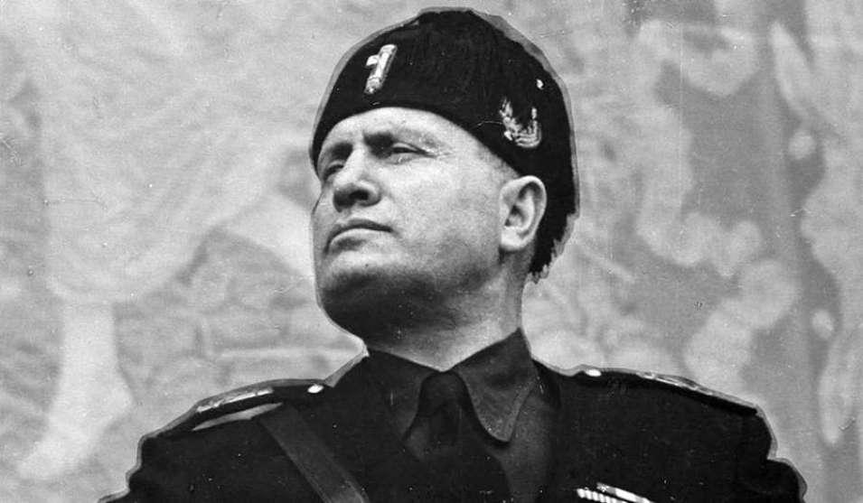 mussolini O Que é  o Fascismo