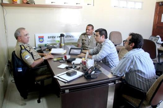 Comandante do Batalhão de Policiamento Rodoviário do Estado enviará uma viatura e três motocicletas para patrulhamento durante as grandes feiras de confecções.