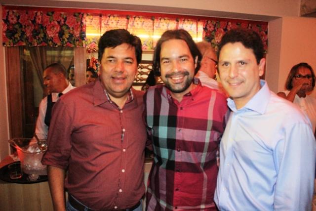 SÃO JOÃO DA MACAMBIRA - Mendonça Filho (Ministro da Educação), Diogo Moraes e Bruno Araújo (Ministro das Cidades)