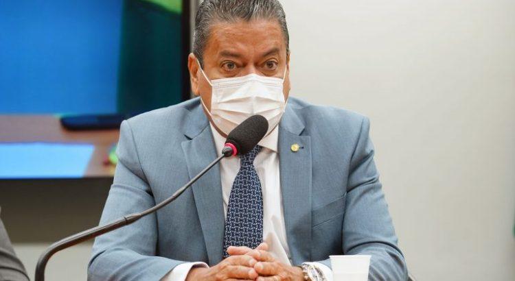 ccj-aprova-ponte-em-homenagem-a-lucidio-portella,-ex-governador-do-piaui