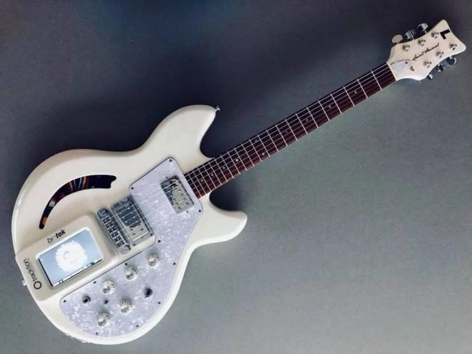 Raspberry Pi inside a guitar body - Spirit Animal