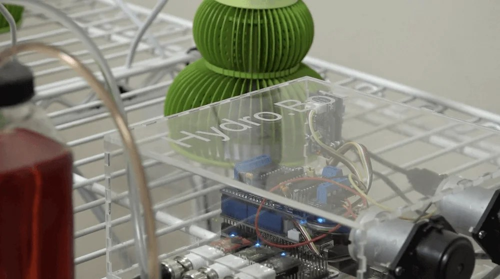 Automate your hydroponic garden with HydroBot | ブログドット