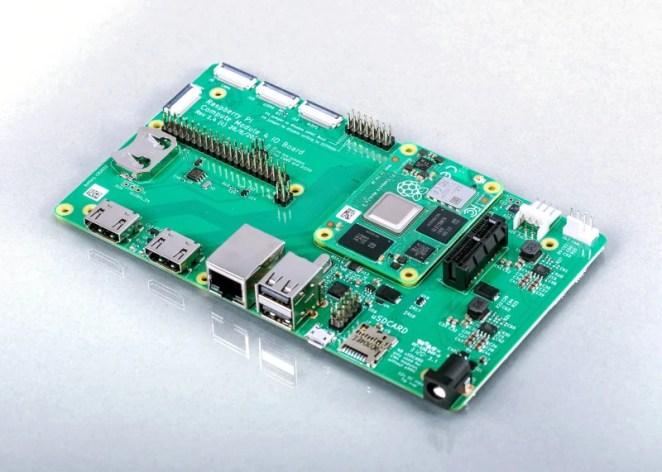 Compute Module 4 and Compute Module 4 Carrier Board