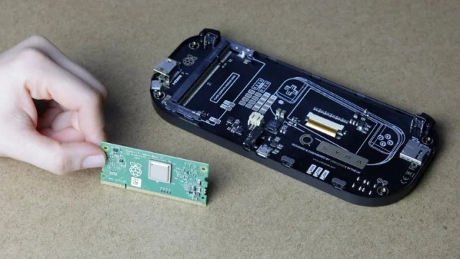 Small yet powerful. The supplied Raspberry Pi Compute Module 3 Lite provides plenty of processing power