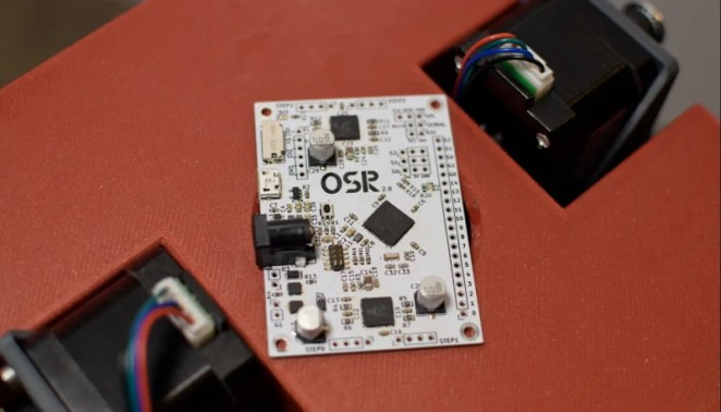 Andrew's own four-axis control board (dubbed the OSR control board) communicates with Raspberry Pi via USB and controls all the stepper motors