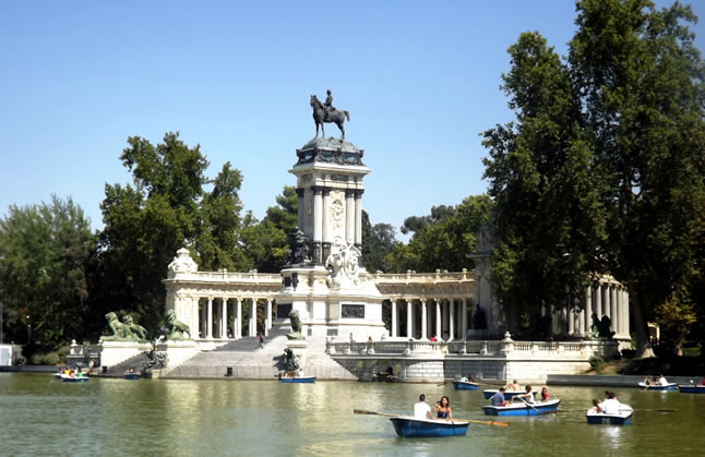 post-blog-do-xan-madrid-espanha-monumento-afonso-xii-2