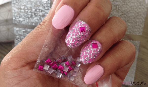 Pink Stud Nailscene