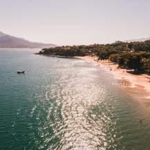 ilhabela praia curral