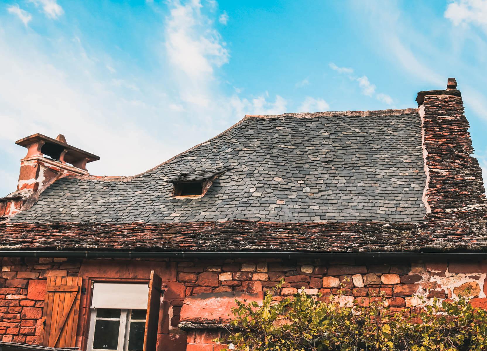 Collonges-la-Rouge-telhado