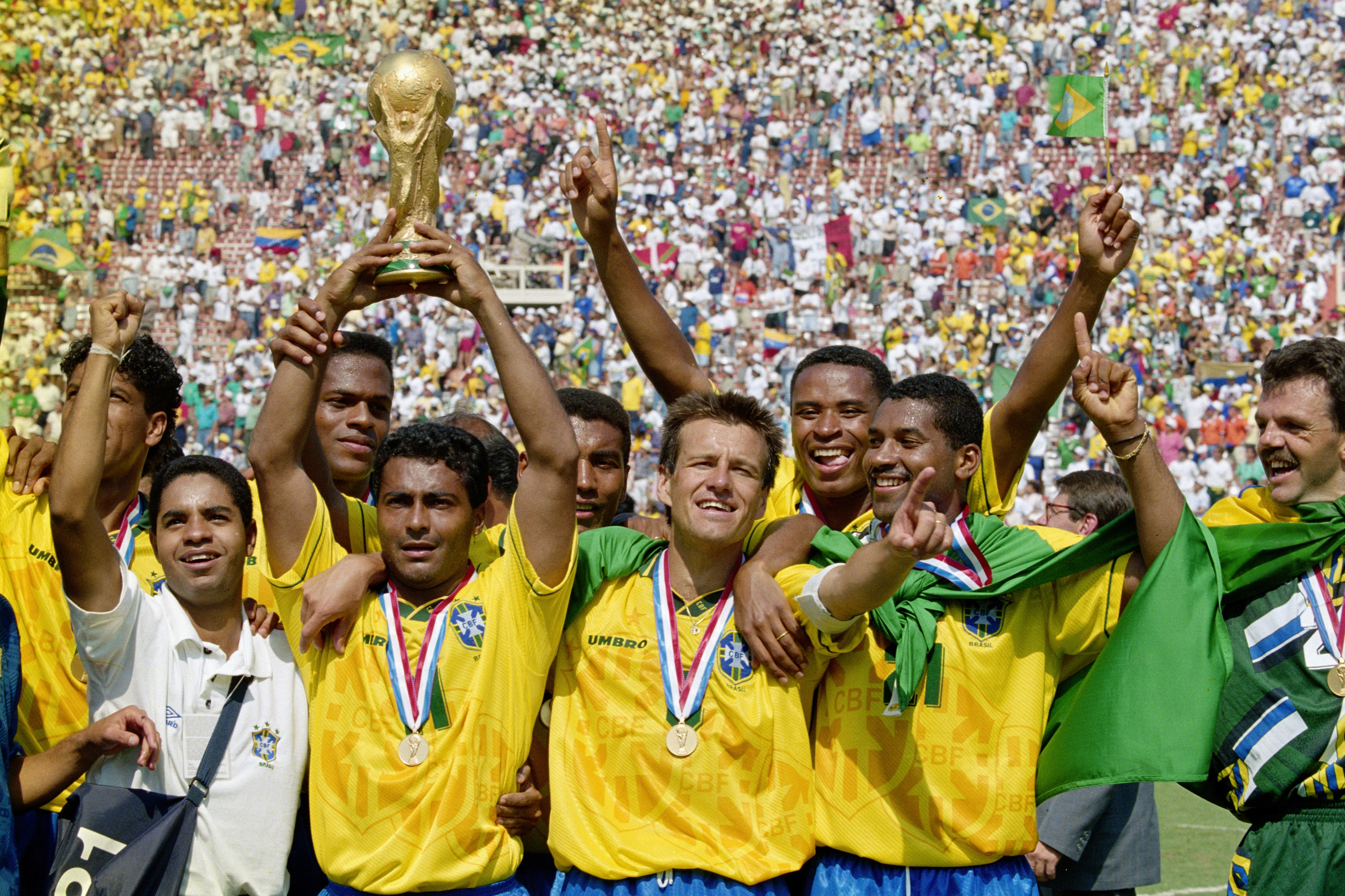 BRAZIL 1994 CELEBRATE WINNING THE WORLD CUP IN 1994