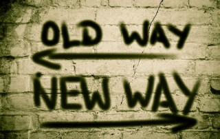 Illustrastrasjonmed tekst old way new way