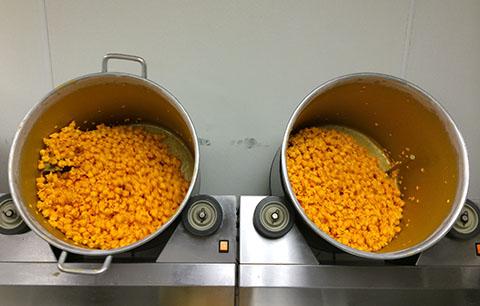 Garrett's cheese popcorn