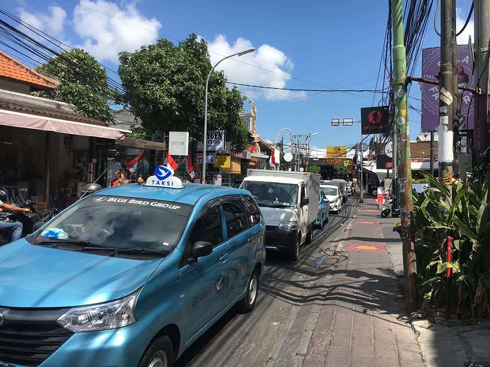Busy Seminyak street
