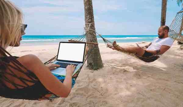 The e-nomad