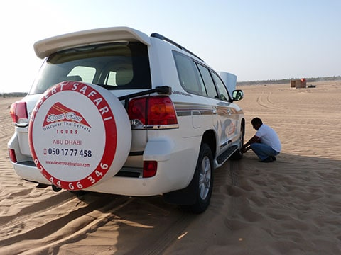 Abu Dhabi sand dunes tyres