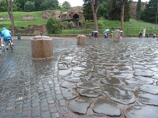 Colosseum ancient path