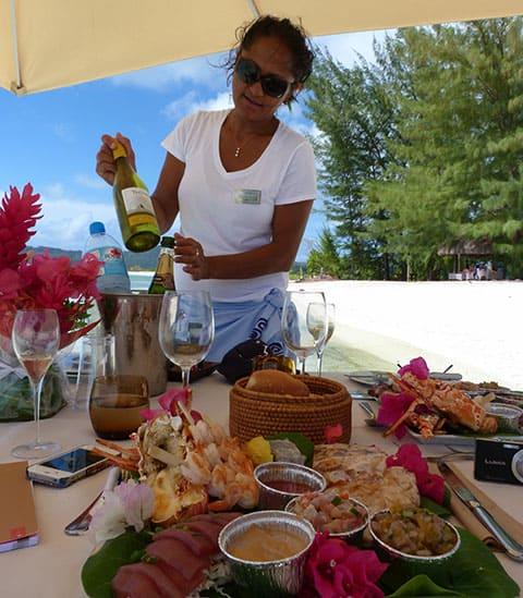 Hilton Bora Bora motu picnic