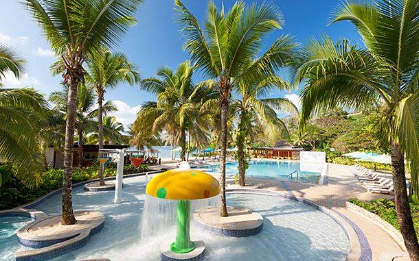 Kids pool Holiday Inn Vanuatu