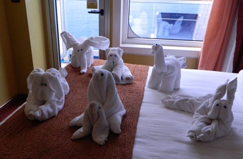 Carnival Liberty towels