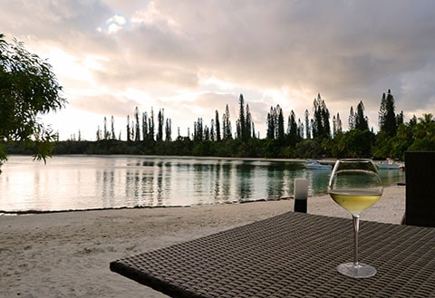 Oure Tera happy hour Isle of Pines