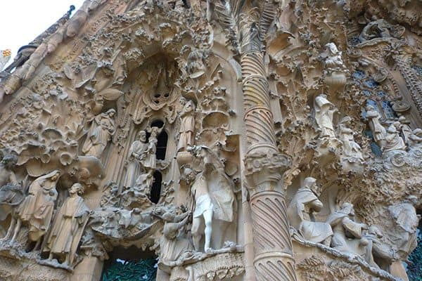 Bible sculpture Gaudi