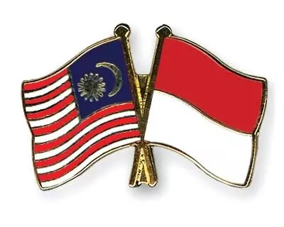 https://i0.wp.com/www.bloggerborneo.com/wp-content/uploads/2010/09/Flag-Pins-Malaysia-Indonesia.jpg